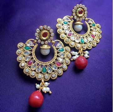 Picture of Gold Ram-Leela Earring
