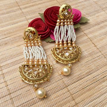 Picture of Pearl royal earrings