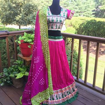 Picture of Magenta Lehenga