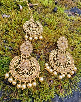 Picture of Golden Earrings